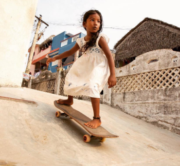 Tony Hawk posts a picture of Tamil skateboarder Kamali Moorthy